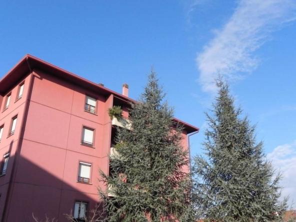 Trilocale via Monte Sabotino, Limbiate