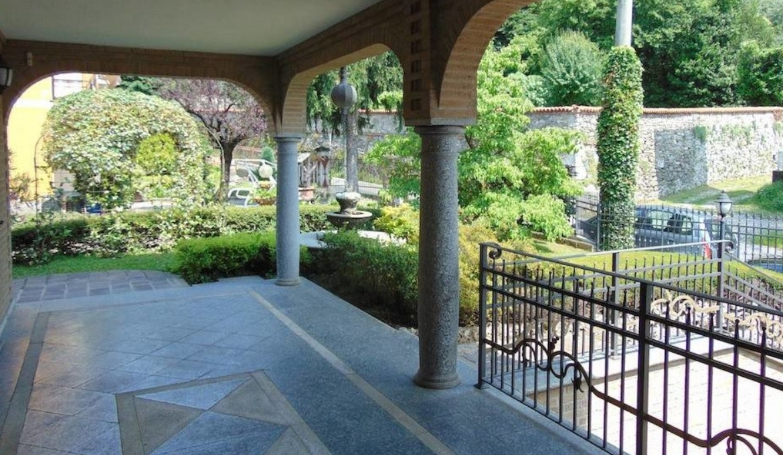 Villa in Inverigo