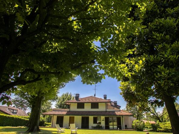 Villa unifamiliare via delle Ginestre, Cantù